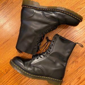 EUC Dr. Martens 1490 10-Eye Boots, Black